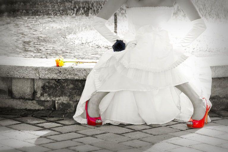 fecbb108d01 Fotod pulmade kleididest. Pulmakleidid, foto stiilid ja stiilid